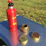 キャンプの熱源はガスとアルコールがお手軽。バーナーを紹介。